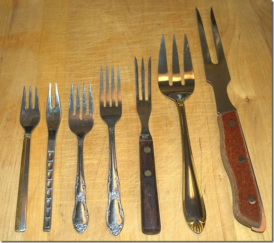 1024px-Assorted_forks